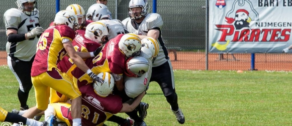 Alphen Eagles vs Nijmegen Pirates - fra Gridiron.nl
