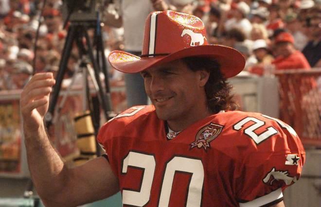 Doug Flutie Stampeders cowboyhatt
