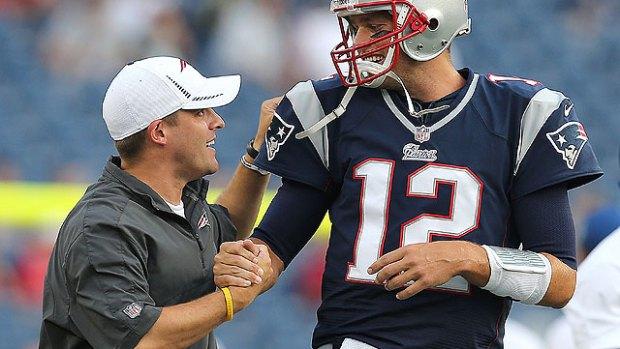 josh-mcdaniels og Tom Brady 01