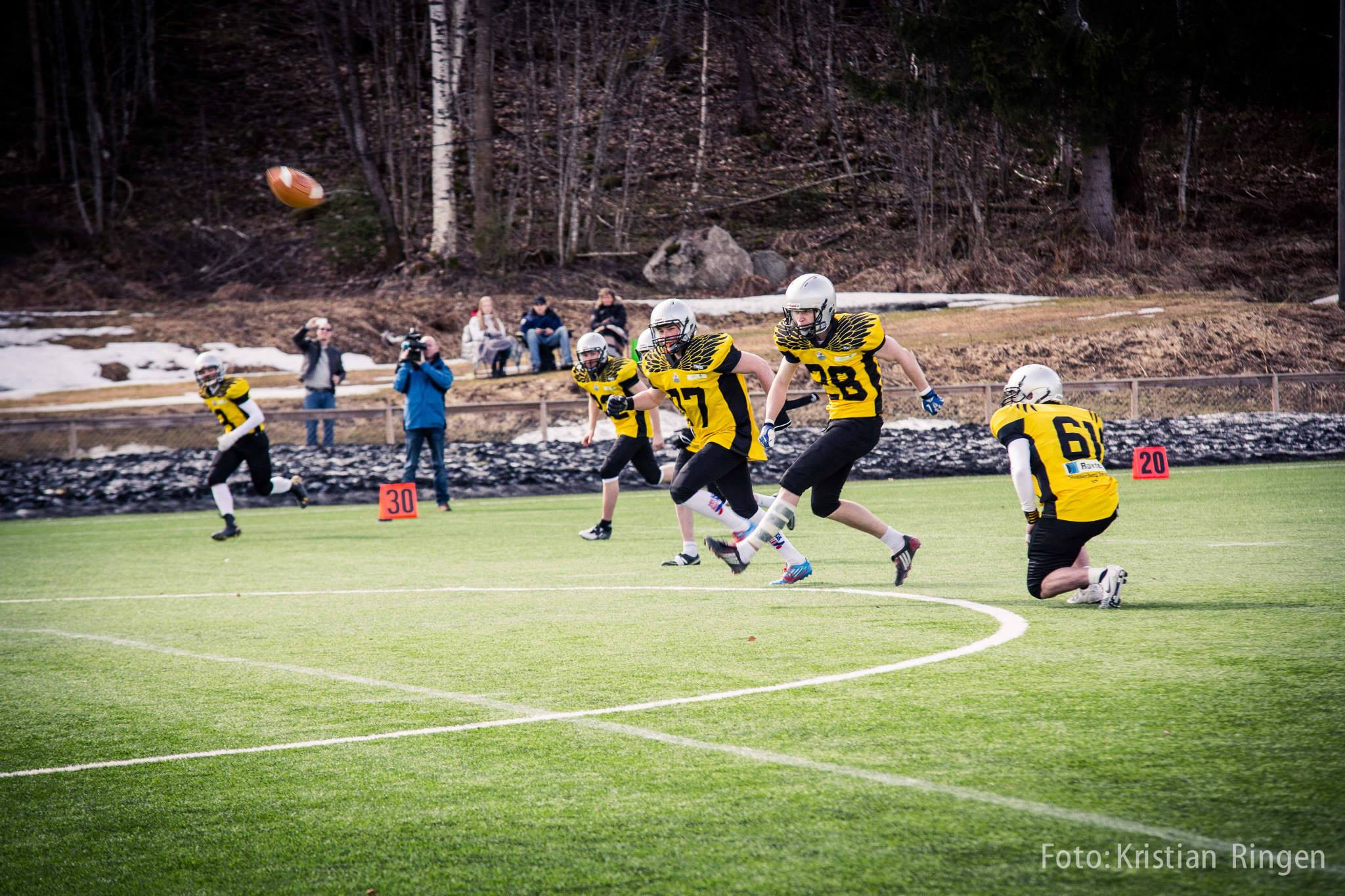 Gjøvik Swans kickoff foto Kristian Ringen