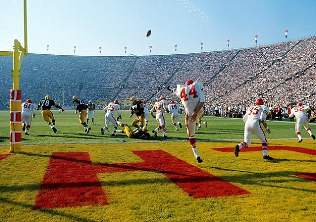 Super Bowl I - Chiefs punt