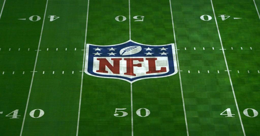 635651375730025187-USP-NFL-Super-Bowl-XLIX-Stadium-Views