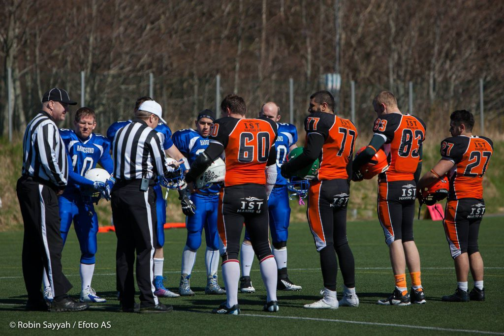 Hurricanes vs Seahawks 2016 coin toss - foto Robin Sayyah Efoto AS