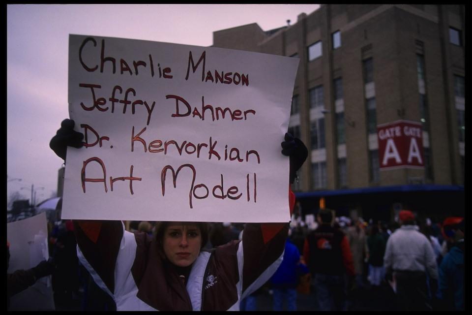 Art Modell, ingen populær mann i Cleveland